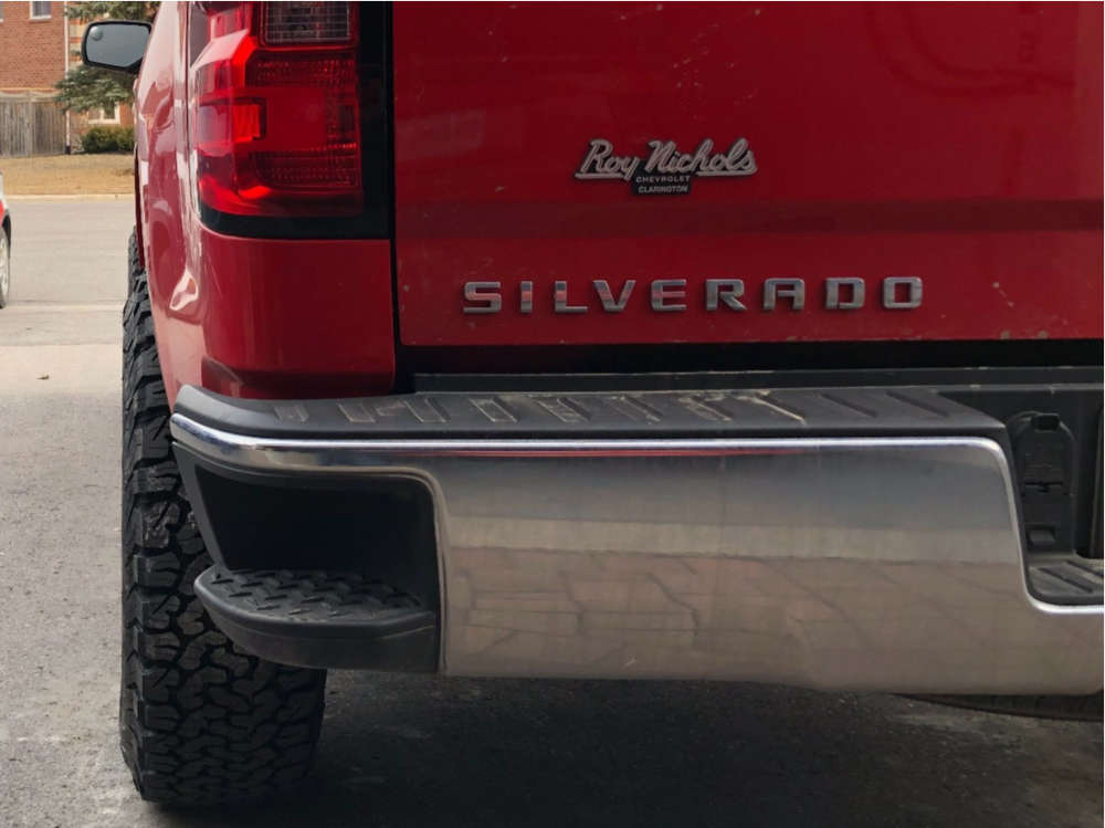 "2017 Chevrolet Silverado 1500 Aggressive > 1"" outside fender on 17x9 -12 offset Vision Nemesis 111 and 33""x12.5"" BFGoodrich All Terrain Ta Ko2 on Leveling Kit - Custom Offsets Gallery"
