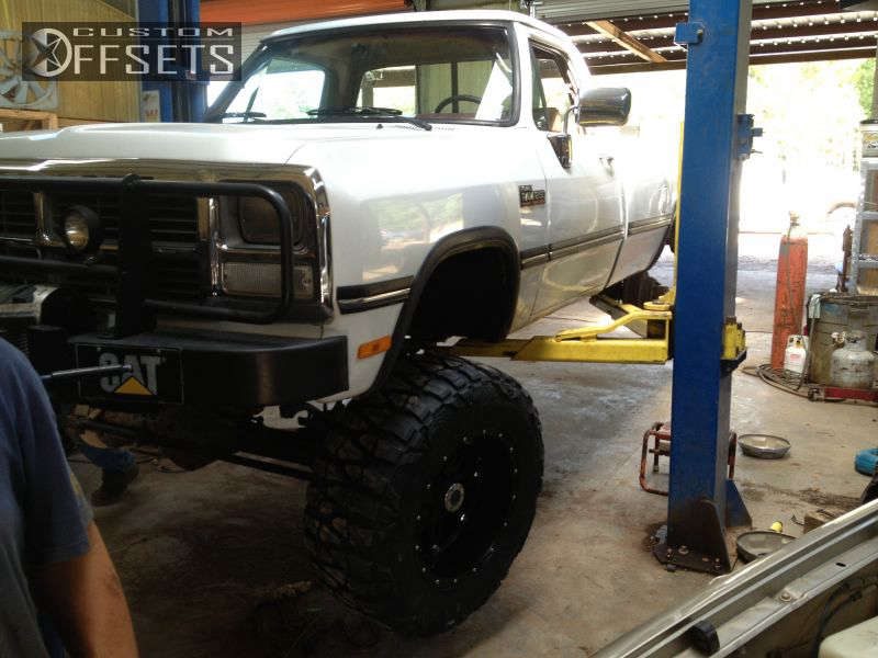 """1990 Dodge D250 Aggressive > 1"""" outside fender on 20x12 -44 offset Fuel Hostage and 37""""x13.5"""" Nitto Mud Grappler on Suspension Lift 6"""" - Custom Offsets Gallery"""