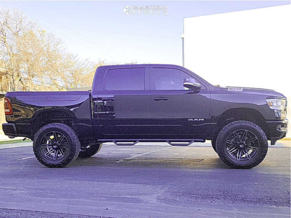 """2020 Ram 1500 Aggressive > 1"""" outside fender on 22x10 -18 offset 4Play 4p08 and 37""""x12.5"""" Toyo Tires Open Country A/t Iii on Suspension Lift 6"""" - Custom Offsets Gallery"""