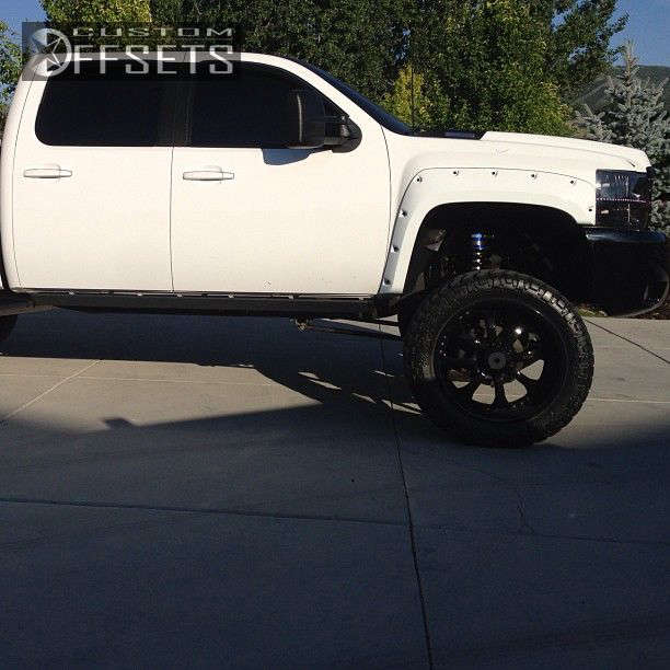 """2008 Chevrolet Silverado 2500 HD Aggressive > 1"""" outside fender on 24x10.5 -25 offset RBP 96R and 38""""x13.5"""" Nitto Trail Grappler on Suspension Lift 9"""" - Custom Offsets Gallery"""