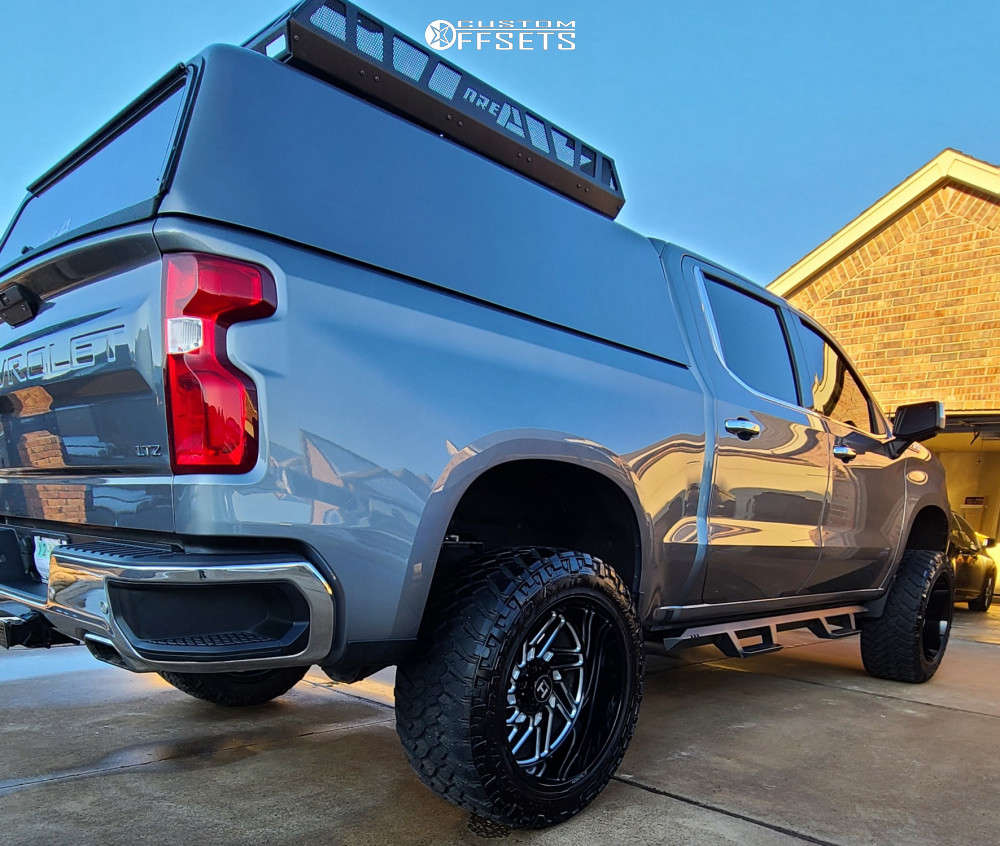 """2019 Chevrolet Silverado 1500 Aggressive > 1"""" outside fender on 22x12 -44 offset Hostile Jigsaw and 35""""x12.5"""" Nitto Trail Grappler on Suspension Lift 6"""" - Custom Offsets Gallery"""