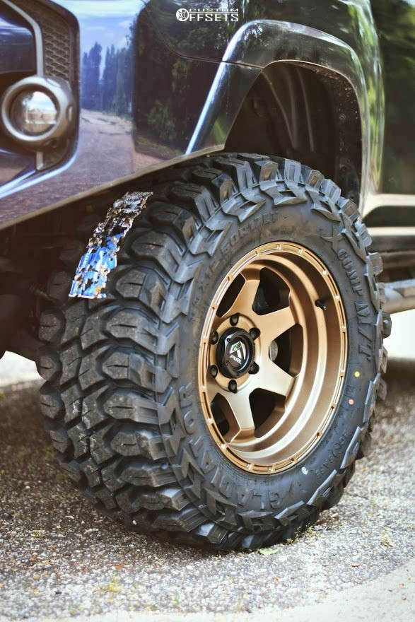 """2020 Toyota 4Runner Aggressive > 1"""" outside fender on 17x10 -18 offset Fuel Shok and 33""""x12.5"""" Gladiator XComp MT on Suspension Lift 3"""" - Custom Offsets Gallery"""