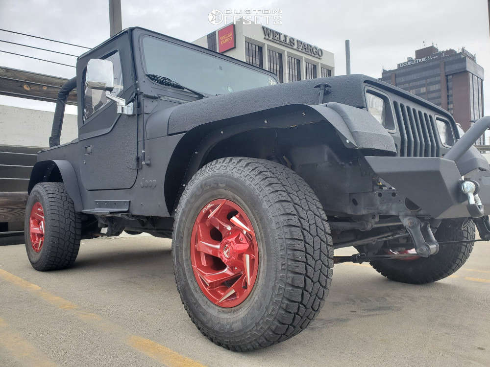 """1992 Jeep Wrangler Aggressive > 1"""" outside fender on 15x8 18 offset Fuel Reaction and 31""""x10.5"""" Hercules Terra Trac A/t on Stock Suspension - Custom Offsets Gallery"""