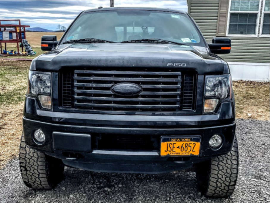 """2012 Ford F-150 Aggressive > 1"""" outside fender on 17x9 -12 offset Mayhem Warrior and 33""""x9.5"""" Falken Wildpeak At3w on Air Suspension - Custom Offsets Gallery"""