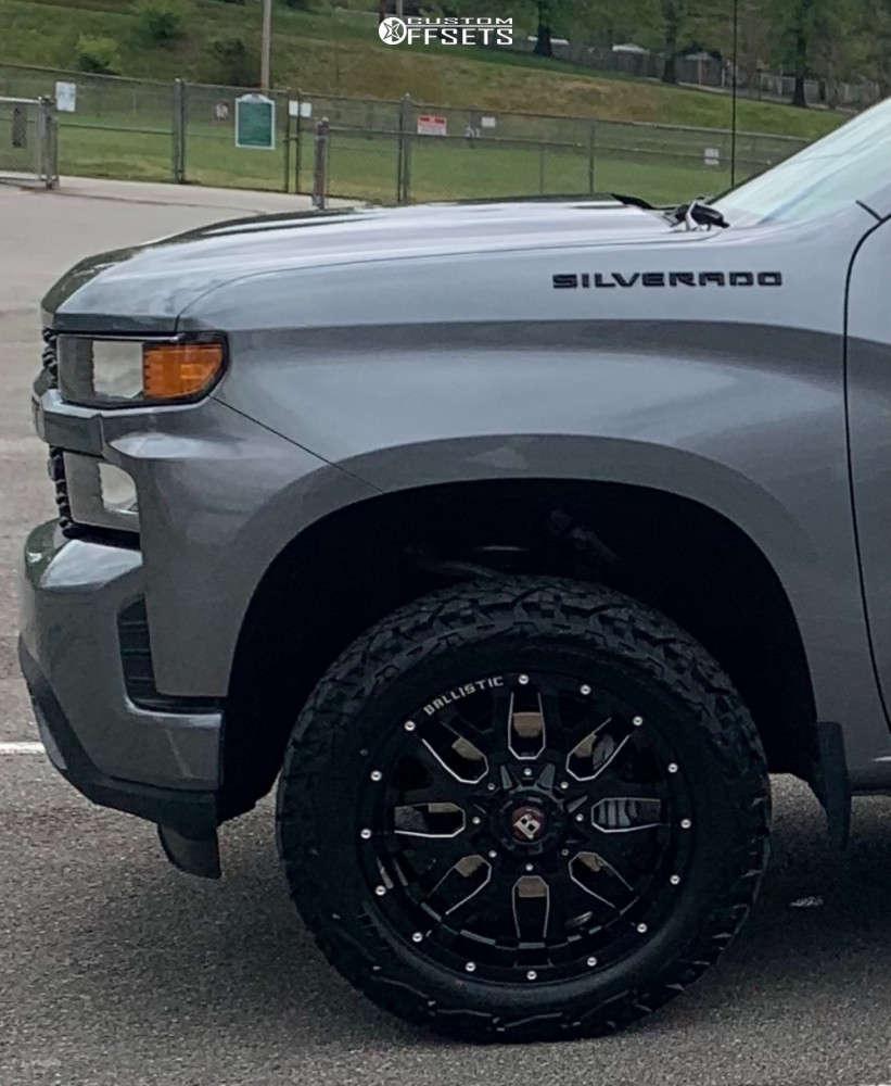 "2020 Chevrolet Silverado 1500 Aggressive > 1"" outside fender on 20x10 -19 offset Ballistic Tank and 33""x12.5"" Venom Power Terra Hunter X/T on Leveling Kit - Custom Offsets Gallery"
