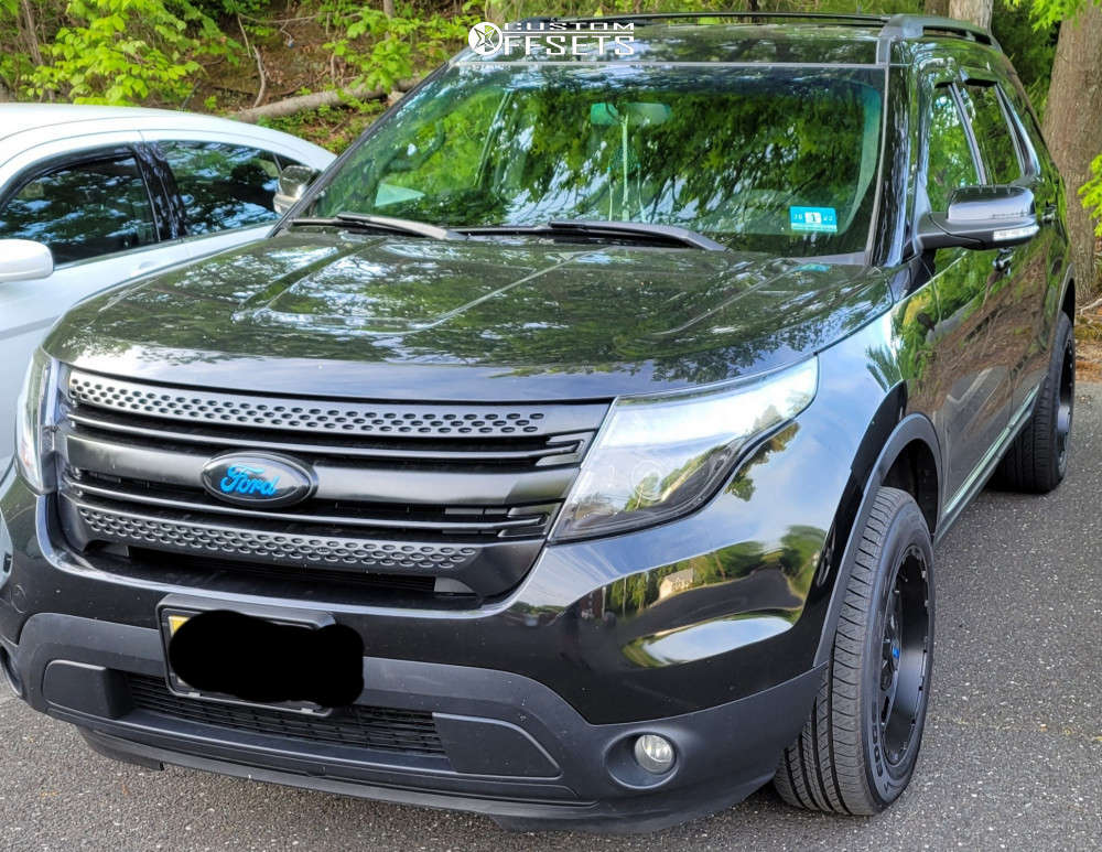 """2015 Ford Explorer Aggressive > 1"""" outside fender on 18x9 12 offset G-FX TR12 and 245/60 Kelly Edge Mt on Leveling Kit - Custom Offsets Gallery"""