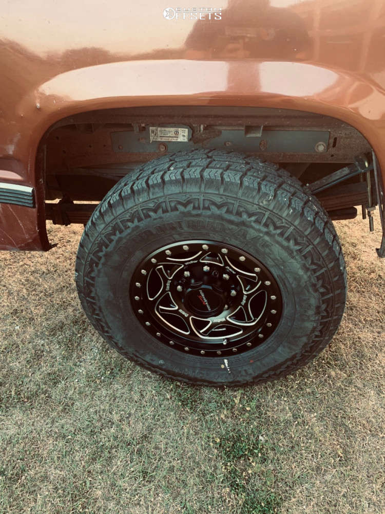 1998 Chevrolet C2500 Flush on 16x8 1 offset Walker Evans 501 and 265/75 Red Dirt Road RD-5 on Stock Suspension - Custom Offsets Gallery