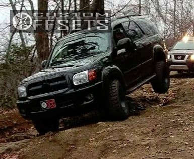 """2005 Toyota Sequoia Aggressive > 1"""" outside fender on 17x9 -12 offset Gear Off-Road Big Block and 285/70 Federal Couragia MT on Leveling Kit - Custom Offsets Gallery"""