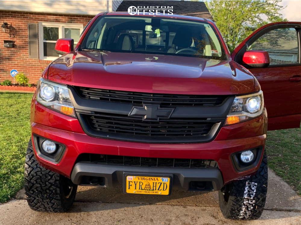 "2020 Chevrolet Colorado Slightly Aggressive on 20x9 0 offset Hardrock Crusher & 33""x12.5"" Venom Power Terra Hunter X/t on Suspension Lift 6"" - Custom Offsets Gallery"