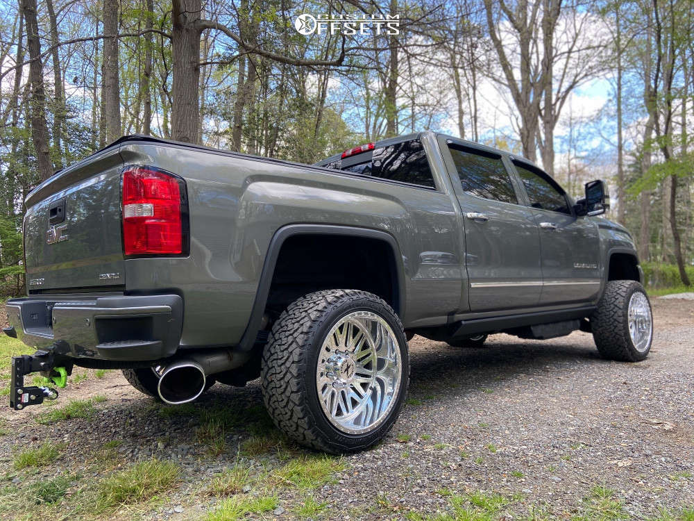 """2018 GMC Sierra 2500 HD Super Aggressive 3""""-5"""" on 22x12 -44 offset Xtreme Forged 007 and 33""""x12.5"""" Venom Power Terra Hunter X/T on Leveling Kit - Custom Offsets Gallery"""