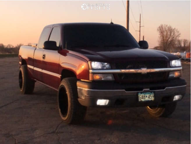"""2003 Chevrolet Silverado 1500 Aggressive > 1"""" outside fender on 20x12 -44 offset Motiv Offroad Glock and 33""""x12.5"""" Hankook Dynapro As on Stock Suspension - Custom Offsets Gallery"""