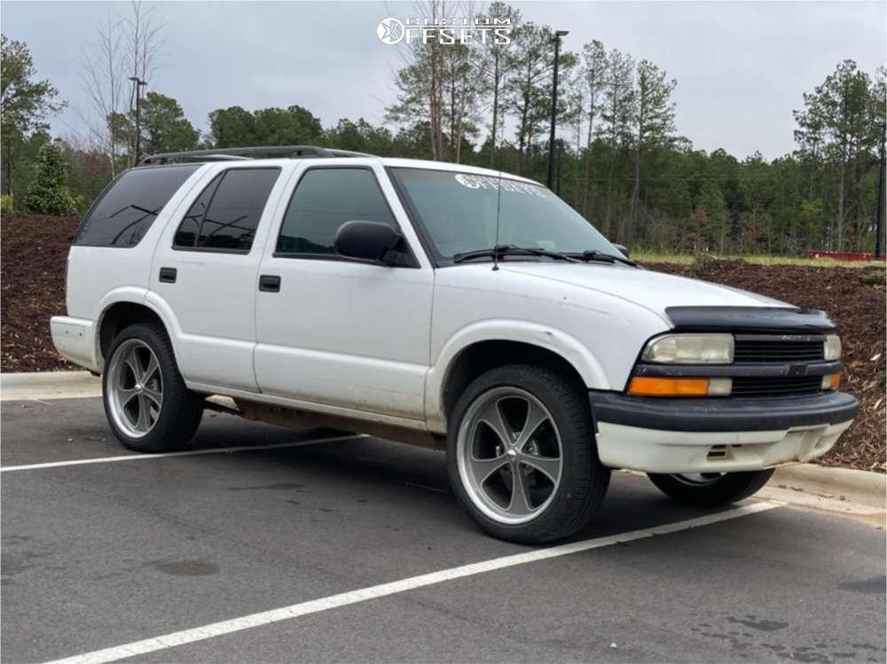 1999 Chevrolet Blazer Tucked on 20x8.5 0 offset Ridler Style 645 & 245/45 Pirelli Scorpion Zero A/s Plus on Stock Suspension - Custom Offsets Gallery