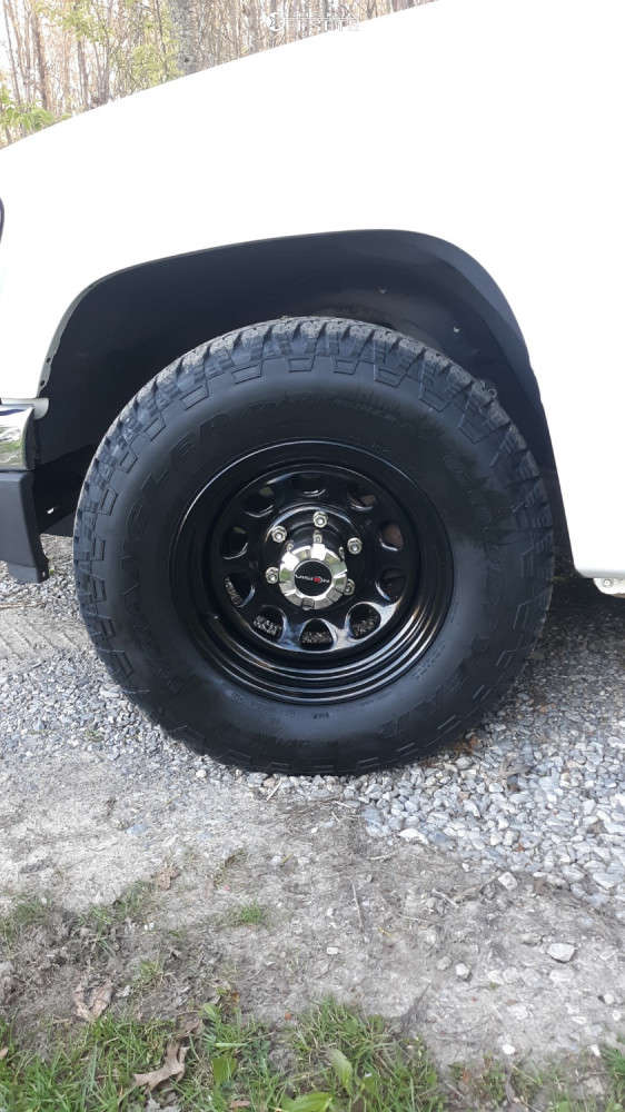 """2006 GMC Canyon Aggressive > 1"""" outside fender on 15x7 -6 offset Vision D Window and 235/75 Goodyear Wrangler Trailrunner A/t on Stock Suspension - Custom Offsets Gallery"""