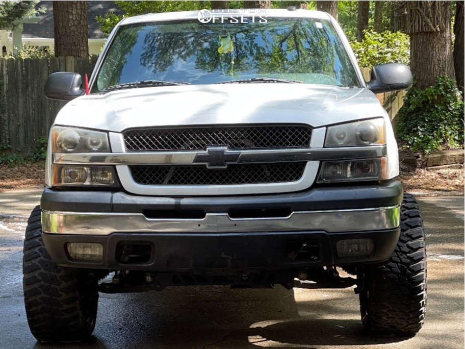 "2004 Chevrolet Avalanche 1500 Aggressive > 1"" outside fender on 20x10 0 offset Dropstar 645b & 33""x12.5"" Kanati Mud Hog on Suspension Lift 6"" - Custom Offsets Gallery"