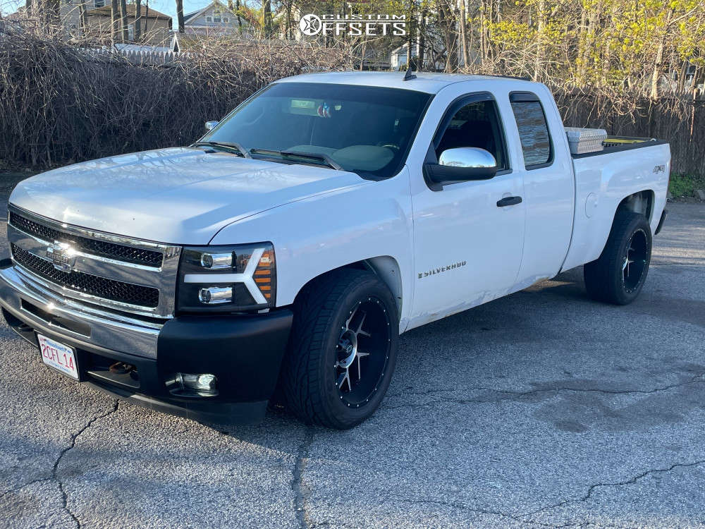 """2009 Chevrolet Silverado 1500 Aggressive > 1"""" outside fender on 20x10 0 offset Vision Venom and 31""""x10.5"""" Toyo Tires Proxes St on Lowered 3F / 5R - Custom Offsets Gallery"""