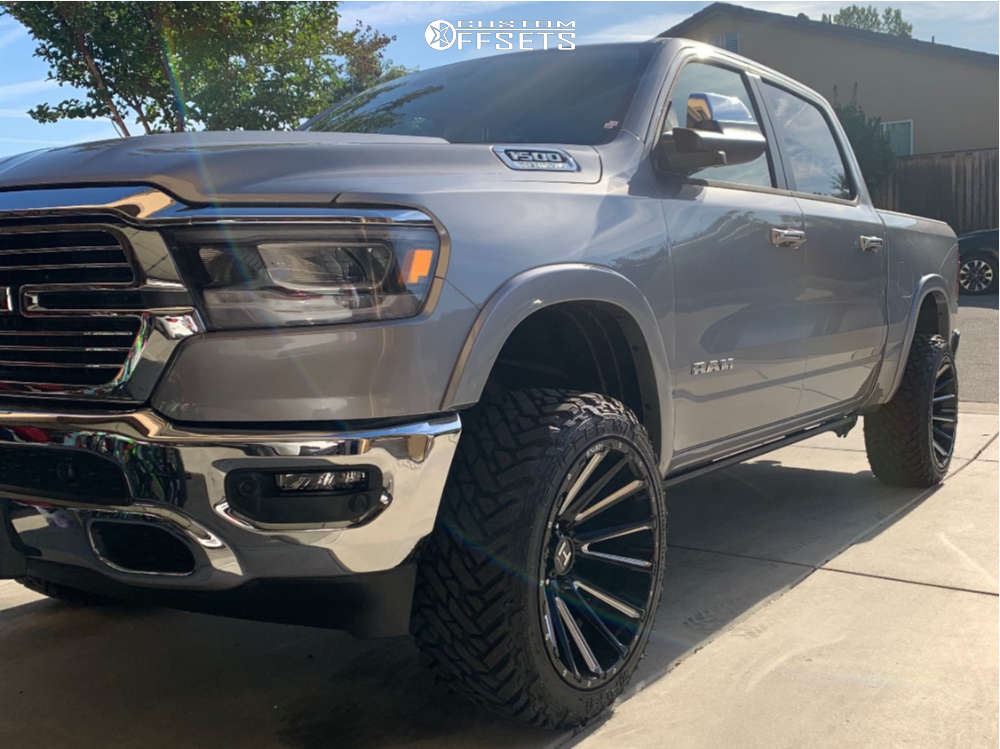 "2021 Ram 1500 Aggressive > 1"" outside fender on 22x12 -44 offset Hostile Typhoon and 33""x12.5"" Fuel Gripper M/t on Suspension Lift 3.5"" - Custom Offsets Gallery"