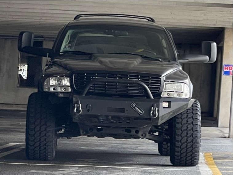 "2002 Dodge Durango Aggressive > 1"" outside fender on 20x12 -44 offset Anthem Off-Road Avenger and 33""x12.5"" Achilles Desert Hawk X-mt on Suspension Lift 3"" - Custom Offsets Gallery"