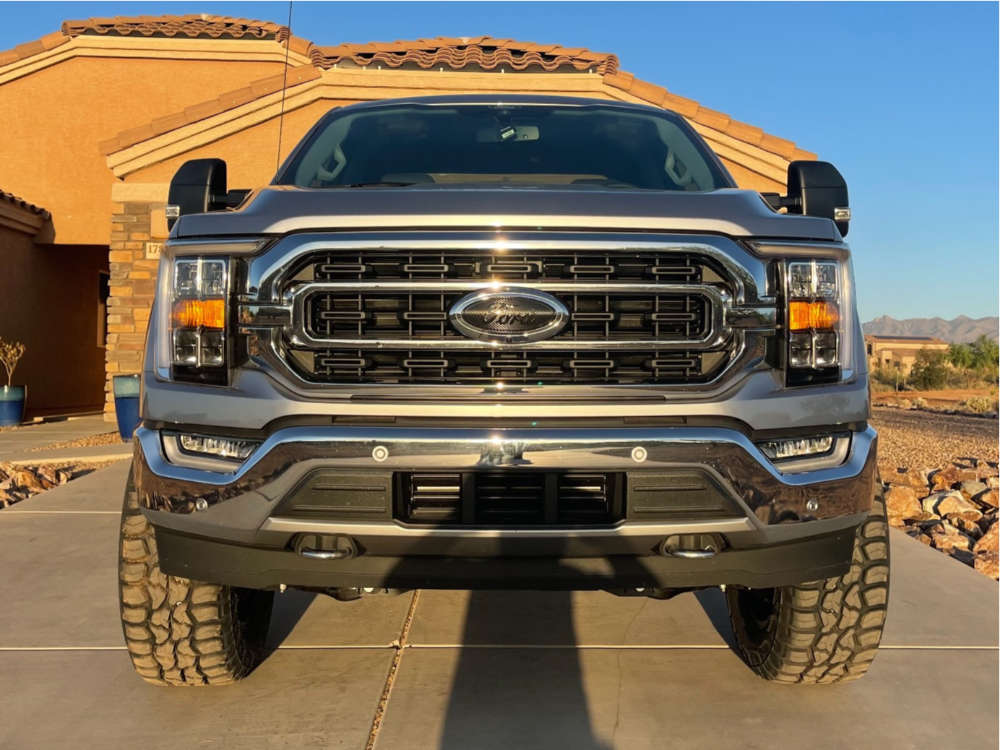 """2021 Ford F-150 Aggressive > 1"""" outside fender on 20x9 0 offset Anthem Off-Road Rogue and 35""""x12.5"""" Federal Xplora Rt on Suspension Lift 6"""" - Custom Offsets Gallery"""