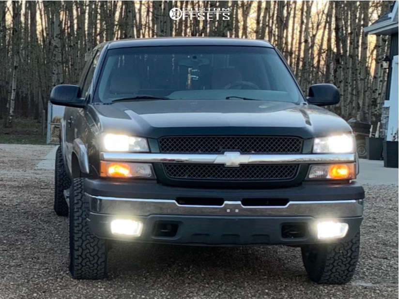 """2003 Chevrolet Silverado 1500 Aggressive > 1"""" outside fender on 16x8 0 offset Fuel Boost and 265/75 BFGoodrich All Terrain Ta Ko2 on Leveling Kit - Custom Offsets Gallery"""