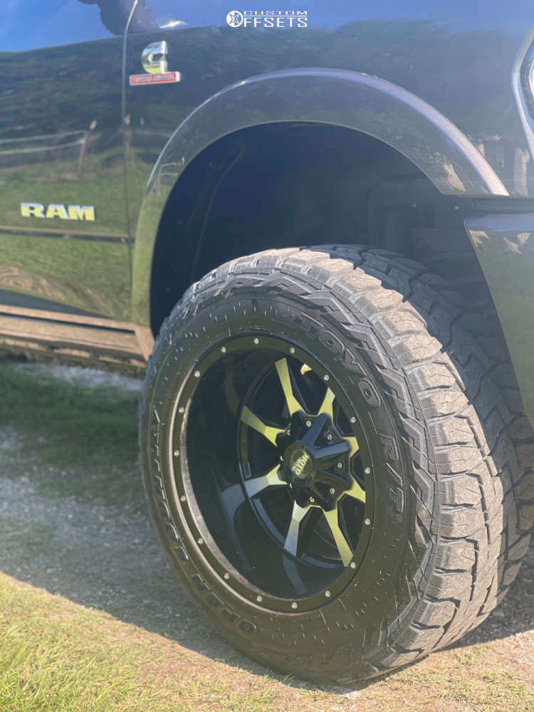 """2020 Ram 2500 Super Aggressive 3""""-5"""" on 20x12 -44 offset Moto Metal Mo970 and 35""""x12.5"""" Toyo Open Country R/t on Leveling Kit - Custom Offsets Gallery"""