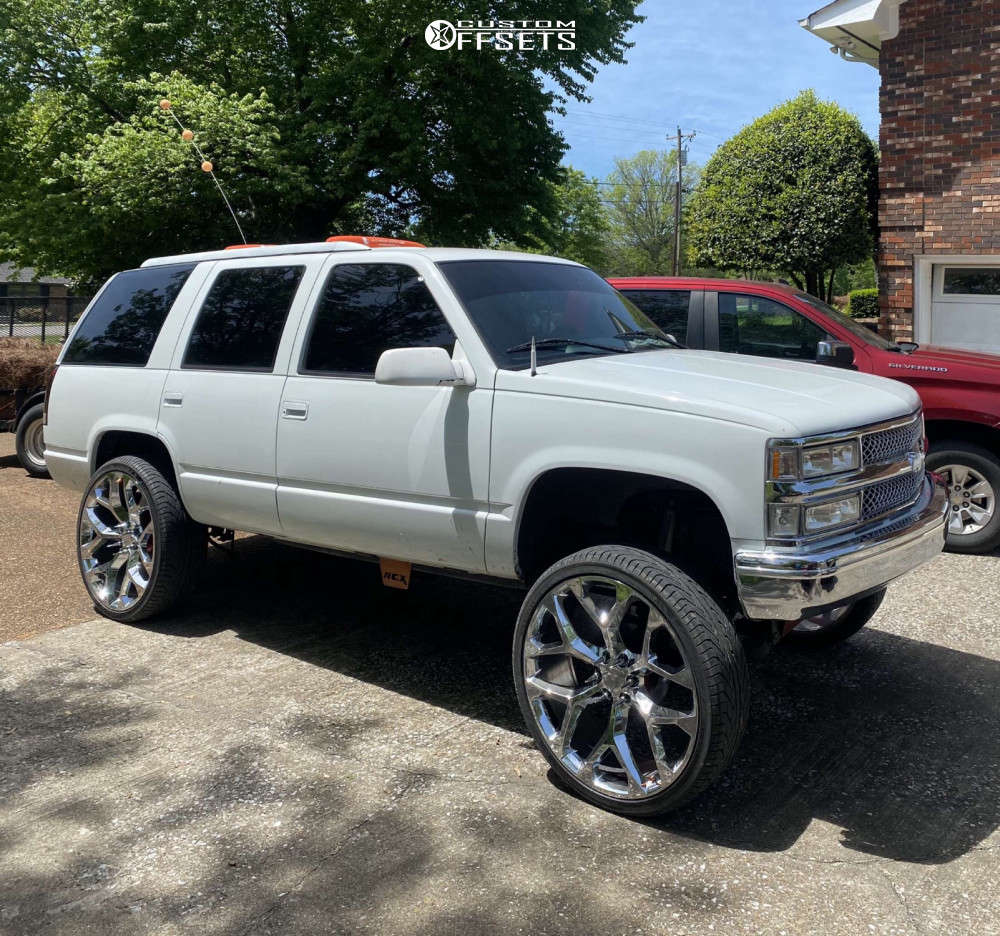 """1996 Chevrolet Tahoe Aggressive > 1"""" outside fender on 26x10 -21 offset OE Replicas Flakes and 305/30 Lexani N/a on Suspension Lift 6"""" - Custom Offsets Gallery"""