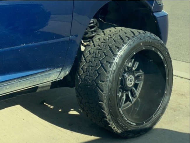 """2014 Ram 2500 Super Aggressive 3""""-5"""" on 22x14 -76 offset Anthem Off-Road Equalizer and 33""""x14.5"""" Venom Power Terra Hunter X/t on Leveling Kit - Custom Offsets Gallery"""