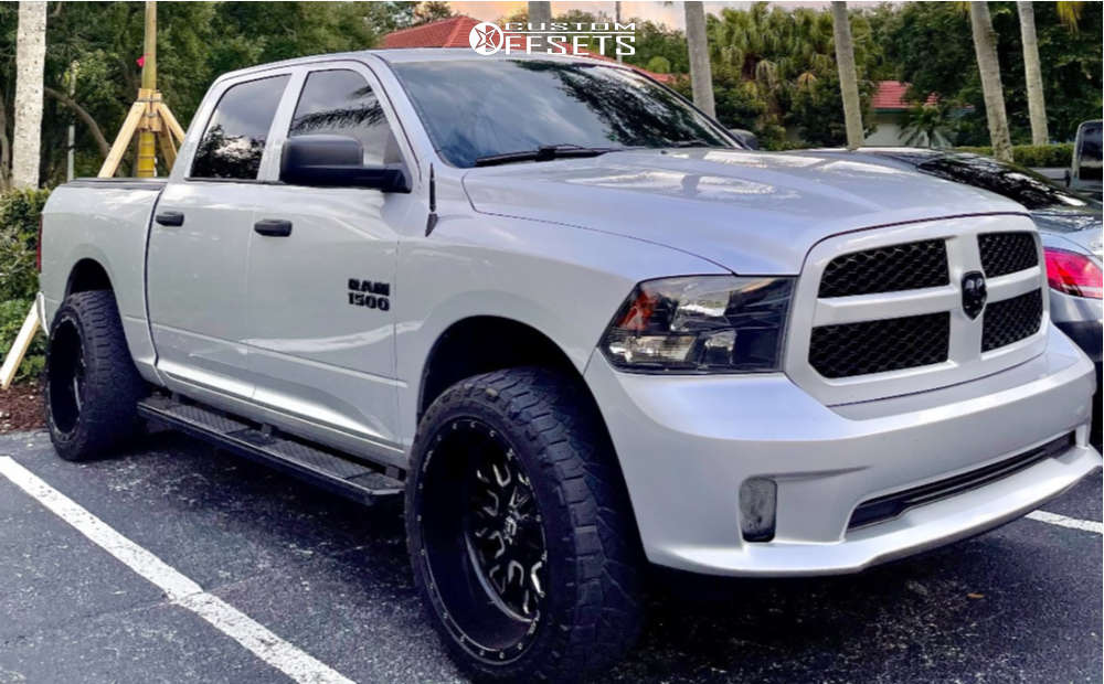 """2017 Ram 1500 Aggressive > 1"""" outside fender on 22x12 -44 offset Fuel Stroke and 33""""x12.5"""" Nitto Ridge Grappler on Stock Suspension - Custom Offsets Gallery"""