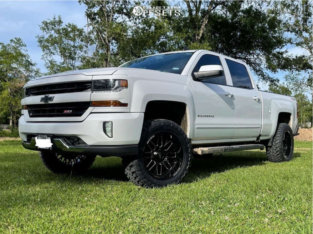 """2016 Chevrolet Silverado 1500 Aggressive > 1"""" outside fender on 20x10 -18 offset Moto Metal Mo802 and 33""""x12.5"""" Toyo Tires Open Country M/t on Suspension Lift 3"""" - Custom Offsets Gallery"""