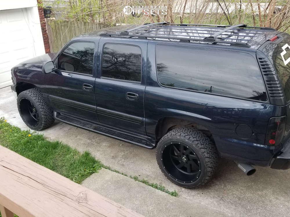 """2004 Chevrolet Suburban 1500 Aggressive > 1"""" outside fender on 22x12 0 offset Full Throttle Ft-2 & 33""""x12.5"""" Venom Power Terra Hunter Mt on Suspension Lift 3"""" - Custom Offsets Gallery"""