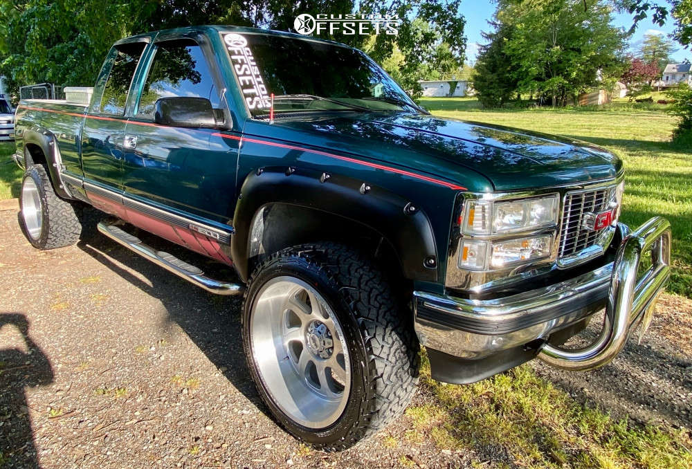 """1996 GMC K1500 Super Aggressive 3""""-5"""" on 22x12 -44 offset Monster Offroad M07 and 33""""x12.5"""" Venom Power Terra Hunter X/T on Suspension Lift 3"""" - Custom Offsets Gallery"""