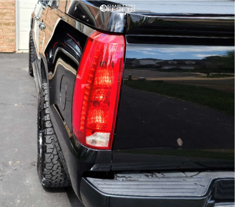 """2007 Cadillac Escalade EXT Aggressive > 1"""" outside fender on 18x9 0 offset Fuel Vandal & 33""""x9.5"""" BFGoodrich All Terrain T/a Ko2 on Stock - Custom Offsets Gallery"""