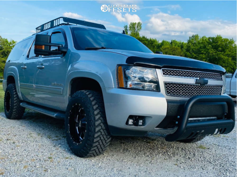 """2013 Chevrolet Suburban 1500 Aggressive > 1"""" outside fender on 18x10 -24 offset Moto Metal 962 and 275/65 Atturo Trail Blade Mt on Air Suspension - Custom Offsets Gallery"""