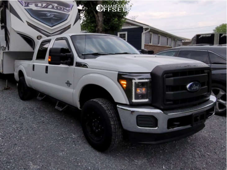 """2015 Ford F-250 Super Duty Aggressive > 1"""" outside fender on 20x10 -25 offset American Force Gamma Sf and 35""""x12.5"""" Falken Wildpeak At2 on Leveling Kit - Custom Offsets Gallery"""