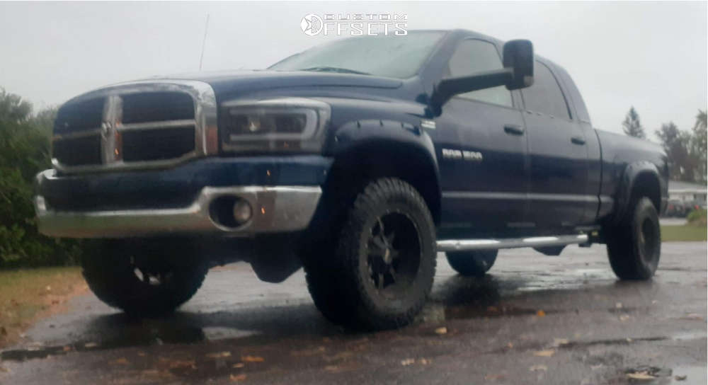 """2006 Dodge Ram 2500 HellaFlush on 18x10 -24 offset Moto Metal Mo970 and 33""""x12.5"""" Kenda Klever At on Stock Suspension - Custom Offsets Gallery"""