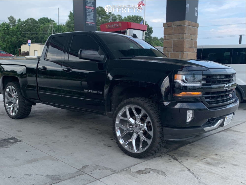 """2016 Chevrolet Silverado 1500 Aggressive > 1"""" outside fender on 26x10 24 offset OE Performance 176 and 35""""x13.5"""" Comforser Cf3000 on Leveling Kit - Custom Offsets Gallery"""