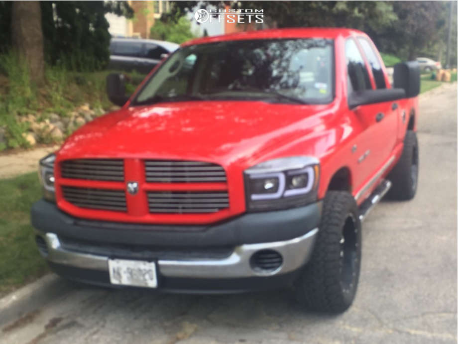 """2007 Dodge Ram 1500 Aggressive > 1"""" outside fender on 20x10 -24 offset Wicked Offroad W909 and 33""""x12.5"""" BFGoodrich All Terrain Ta Ko2 on Stock Suspension - Custom Offsets Gallery"""