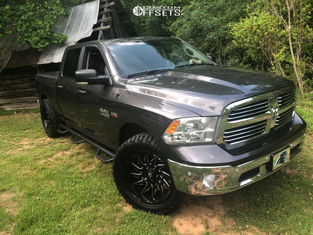 """2019 Ram 1500 Classic Aggressive > 1"""" outside fender on 22x10 -18 offset Fuel Saber and 35""""x12.5"""" Patriot Rugged Terrain on Leveling Kit - Custom Offsets Gallery"""