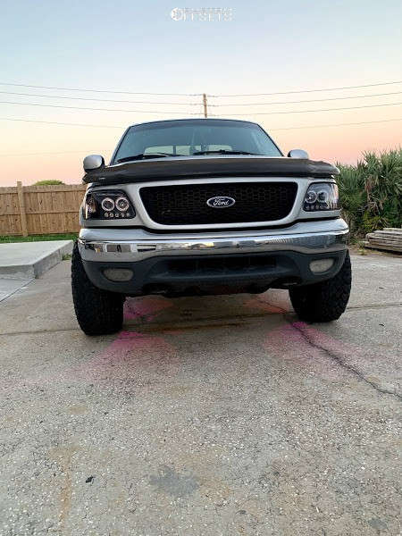 """2001 Ford F-150 Super Aggressive 3""""-5"""" on 18x9 10 offset Motiv Offroad Millenium and 33""""x12.5"""" Falken Wildpeak At3w on Leveling Kit - Custom Offsets Gallery"""