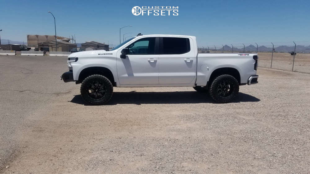 """2019 Chevrolet Silverado 1500 Aggressive > 1"""" outside fender on 20x10 -24 offset Moto Metal Mo970 and 35""""x12.5"""" Atturo Trail Blade Mts on Suspension Lift 4"""" - Custom Offsets Gallery"""