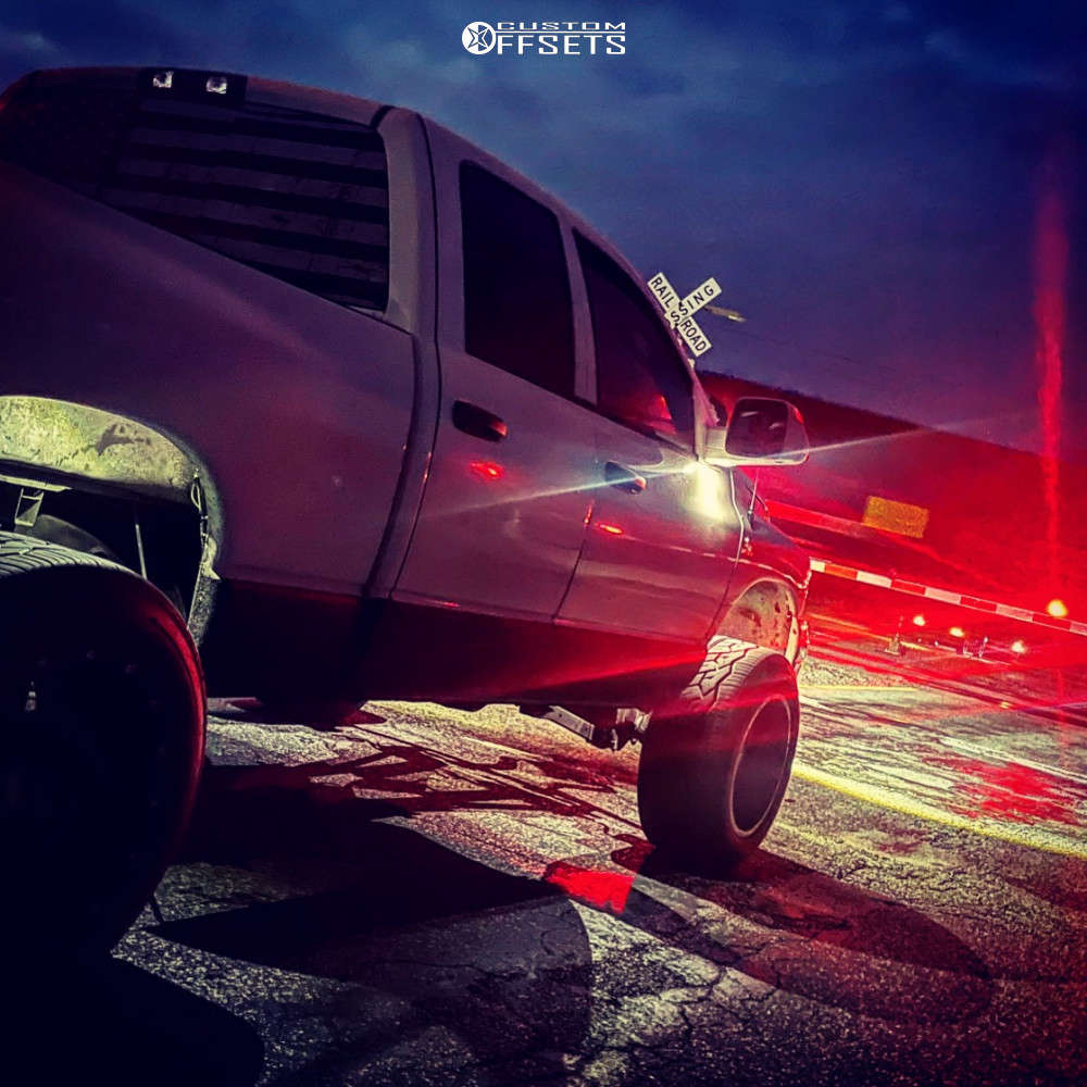 """2009 Dodge Ram 2500 Aggressive > 1"""" outside fender on 20x12 -44 offset Moto Metal 962 and 33""""x12.5"""" Nitto Nt420v on Suspension Lift 2.5"""" - Custom Offsets Gallery"""