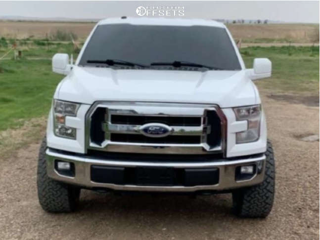 """2016 Ford F-150 Super Aggressive 3""""-5"""" on 22x12 -43 offset Fuel Ignite and 285/45 Venom Power Terrain Hunter X/t on Leveling Kit - Custom Offsets Gallery"""