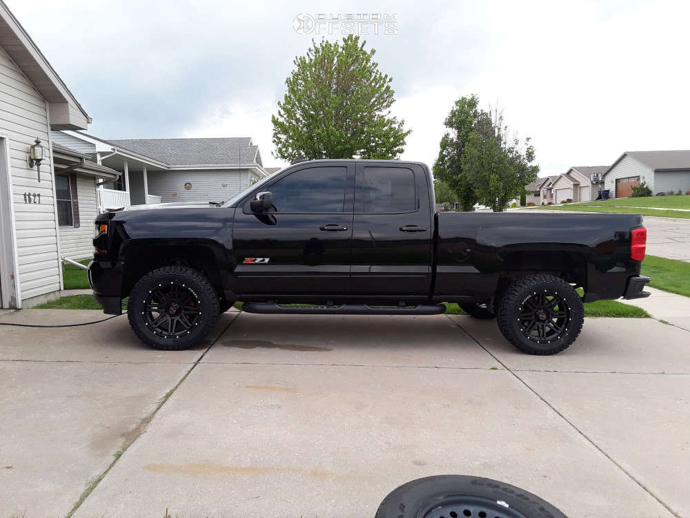 """2018 Chevrolet Silverado 1500 Aggressive > 1"""" outside fender on 20x9 -12 offset Wicked Offroad W901 and 33""""x12.5"""" Kenda Klever R/t on Leveling Kit & Body Lift - Custom Offsets Gallery"""