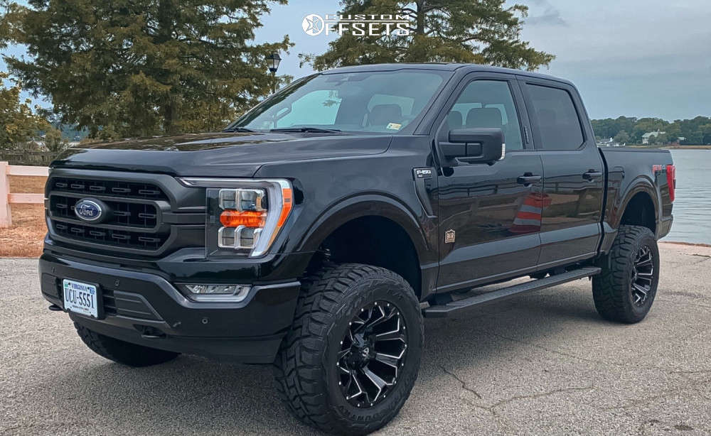 """2021 Ford F-150 Aggressive > 1"""" outside fender on 20x10 0 offset Fuel Assault and 35""""x12.5"""" Toyo Open Country R/T on Suspension Lift 6"""" - Custom Offsets Gallery"""