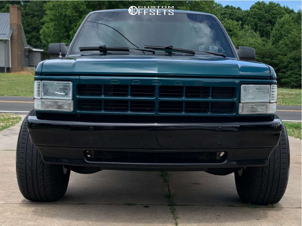 "1995 Dodge Dakota Hella Stance >5"" on 18x12 -44 offset Fuel Maverick D538 and 255/55 Lexani Lxuhp-207 on Leveling Kit - Custom Offsets Gallery"