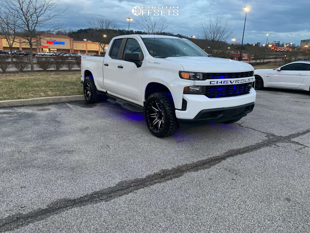 """2020 Chevrolet Silverado 1500 Aggressive > 1"""" outside fender on 20x10 -19 offset Hardrock Painkiller Xposed and 305/55 Road One Cavalry M/t on Suspension Lift 2.5"""" - Custom Offsets Gallery"""