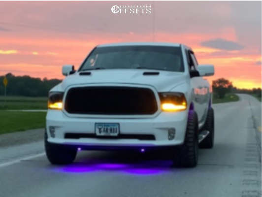 """2015 Ram 1500 Slightly Aggressive on 20x10 -24 offset Moto Metal Mo962 and 33""""x12.5"""" Toyo Open Country R/t on Stock Suspension - Custom Offsets Gallery"""
