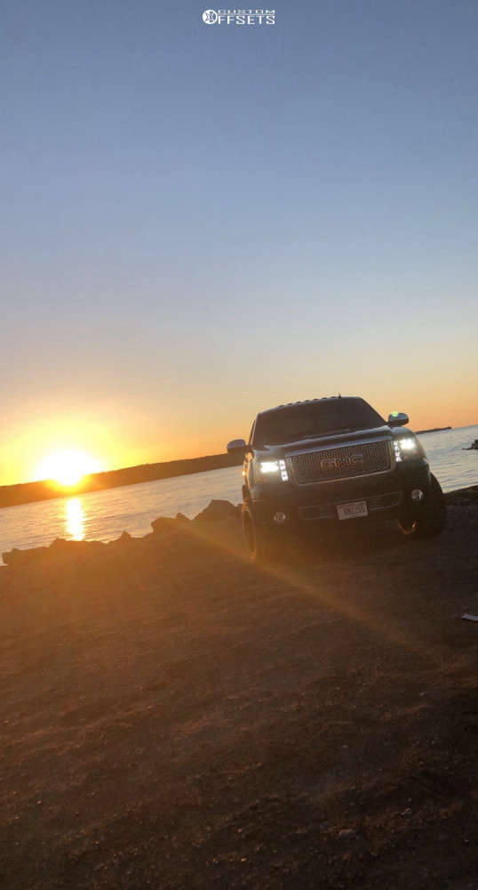 """2008 GMC Sierra 1500 Aggressive > 1"""" outside fender on 20x12 -44 offset Xf Offroad Xf-211 and 33""""x12.5"""" Nitto Trail Grappler on Suspension Lift 3"""" - Custom Offsets Gallery"""