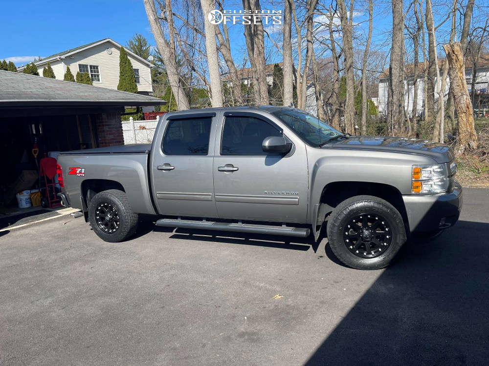 """2013 Chevrolet Silverado 1500 Aggressive > 1"""" outside fender on 18x10 -24 offset XD Addict and 33""""x12.5"""" Nitto Terra Grappler G2 on Leveling Kit - Custom Offsets Gallery"""