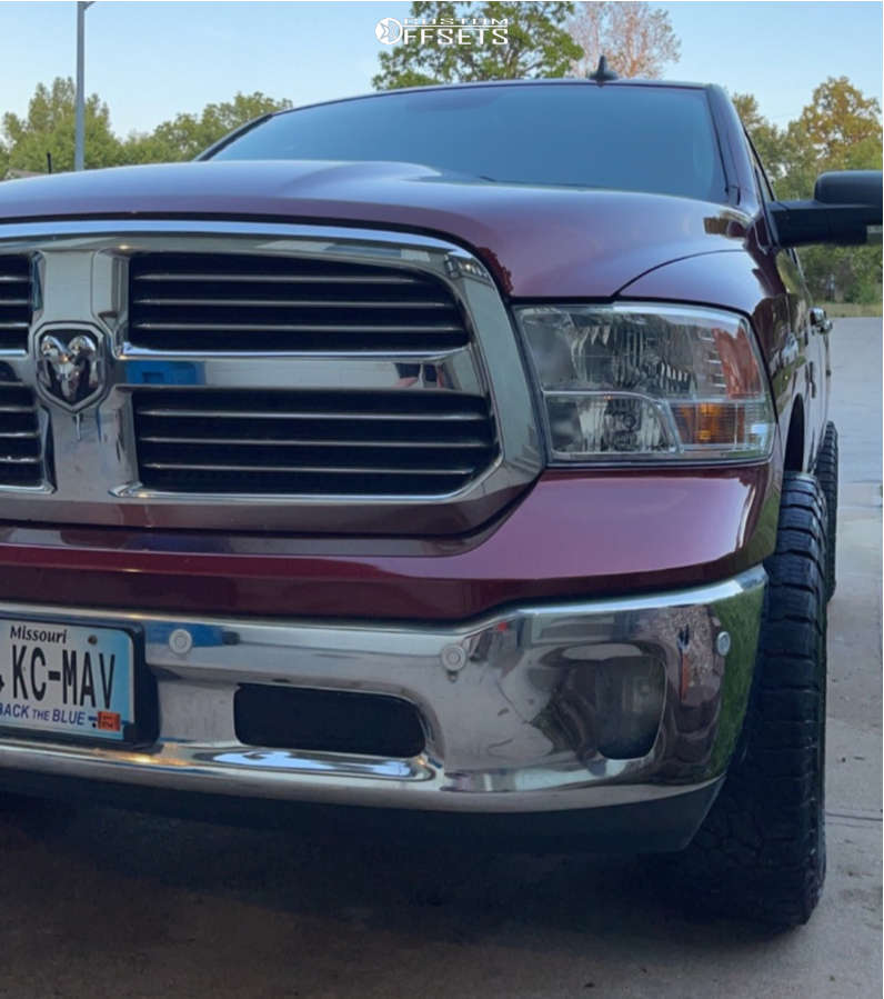 """2017 Ram 1500 Aggressive > 1"""" outside fender on 20x9 0 offset Moto Metal Mo970 and 35""""x12.5"""" Falken Wild Peak At3w on Leveling Kit - Custom Offsets Gallery"""