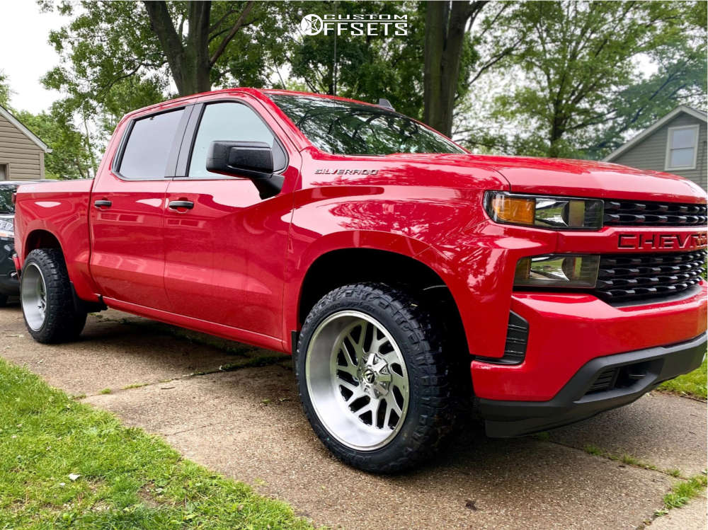 """2021 Chevrolet Silverado 1500 Aggressive > 1"""" outside fender on 22x12 -44 offset Fuel Triton and 305/35 Nitto Ridge Grapplers on Leveling Kit - Custom Offsets Gallery"""